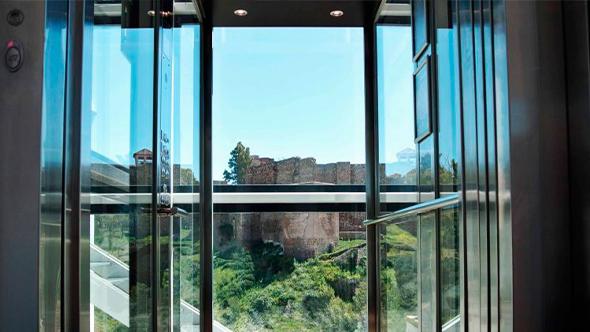 instalación-de-ascensores-cabina-modelos-embarba-ascensores-scmi