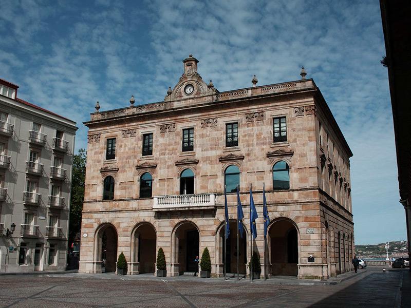 Referencias-ascensores-embarba-instalaciones- ayuntamiento-de-Gijón