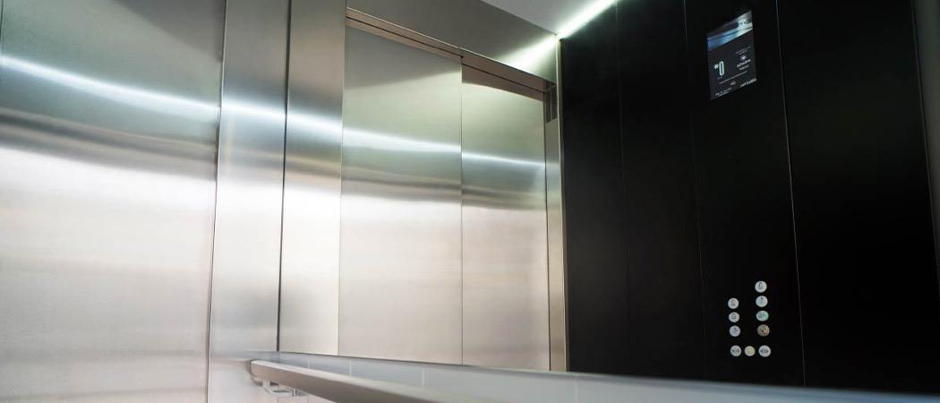 embarba-paragon-lift-installation-flat-cabin-z1–2