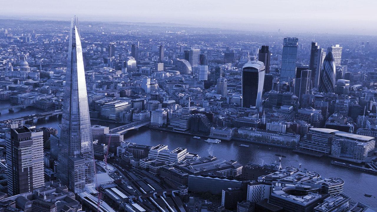 embarba-paragon-lift-maintenance-london-skyline